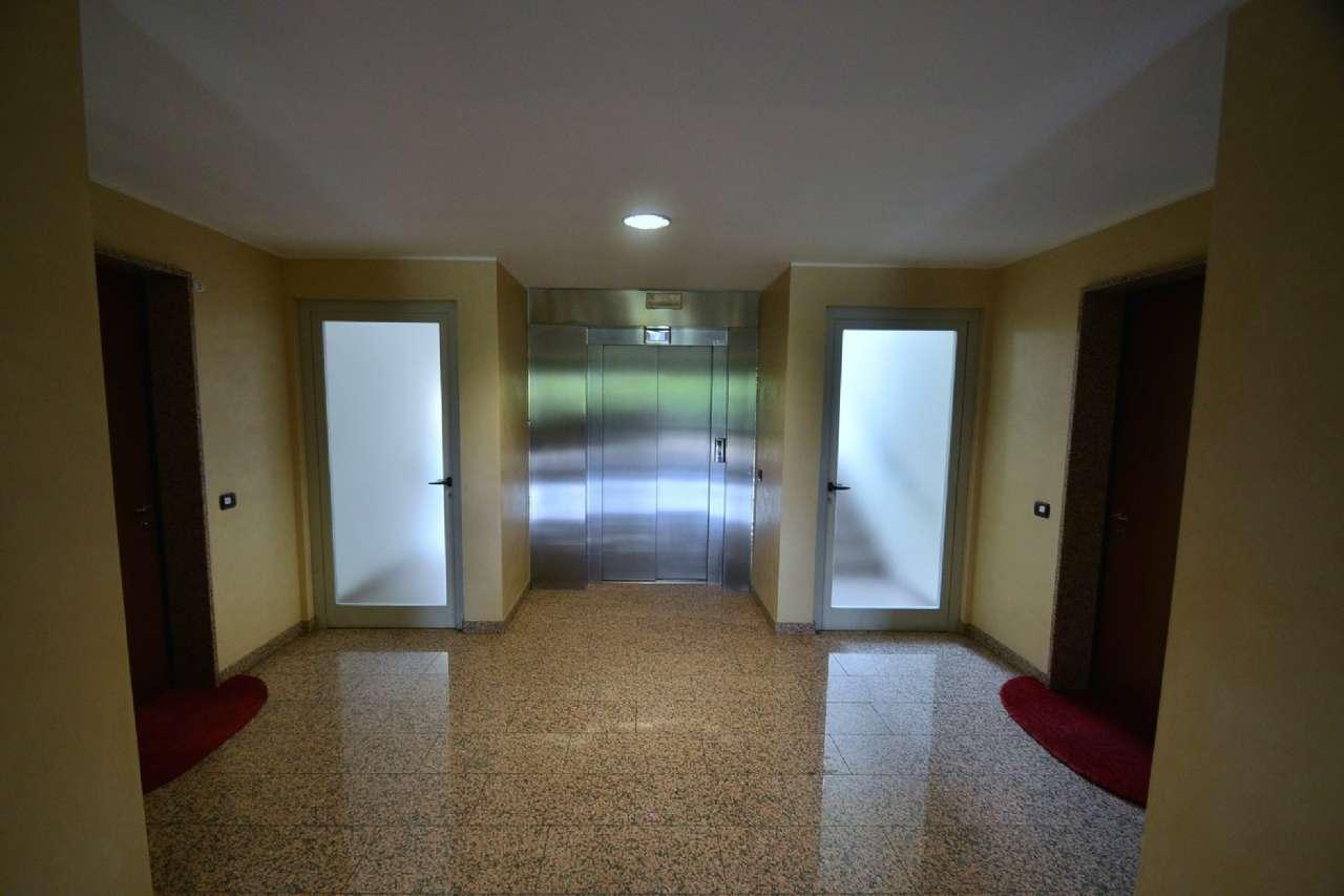 Box / Garage in vendita a Arese, 1 locali, prezzo € 33.000   CambioCasa.it