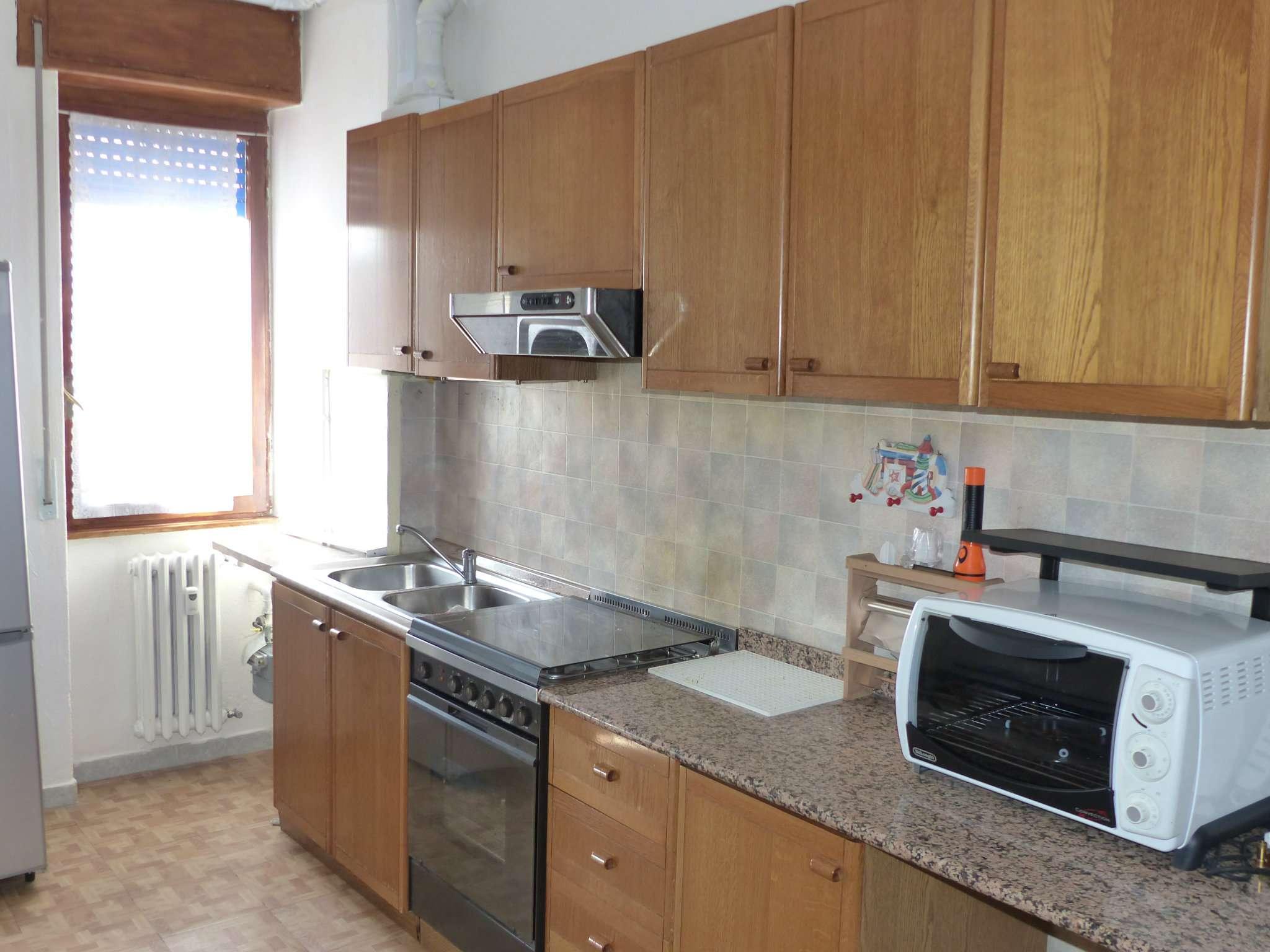 Appartamento in affitto a Baranzate, 2 locali, prezzo € 500 | CambioCasa.it