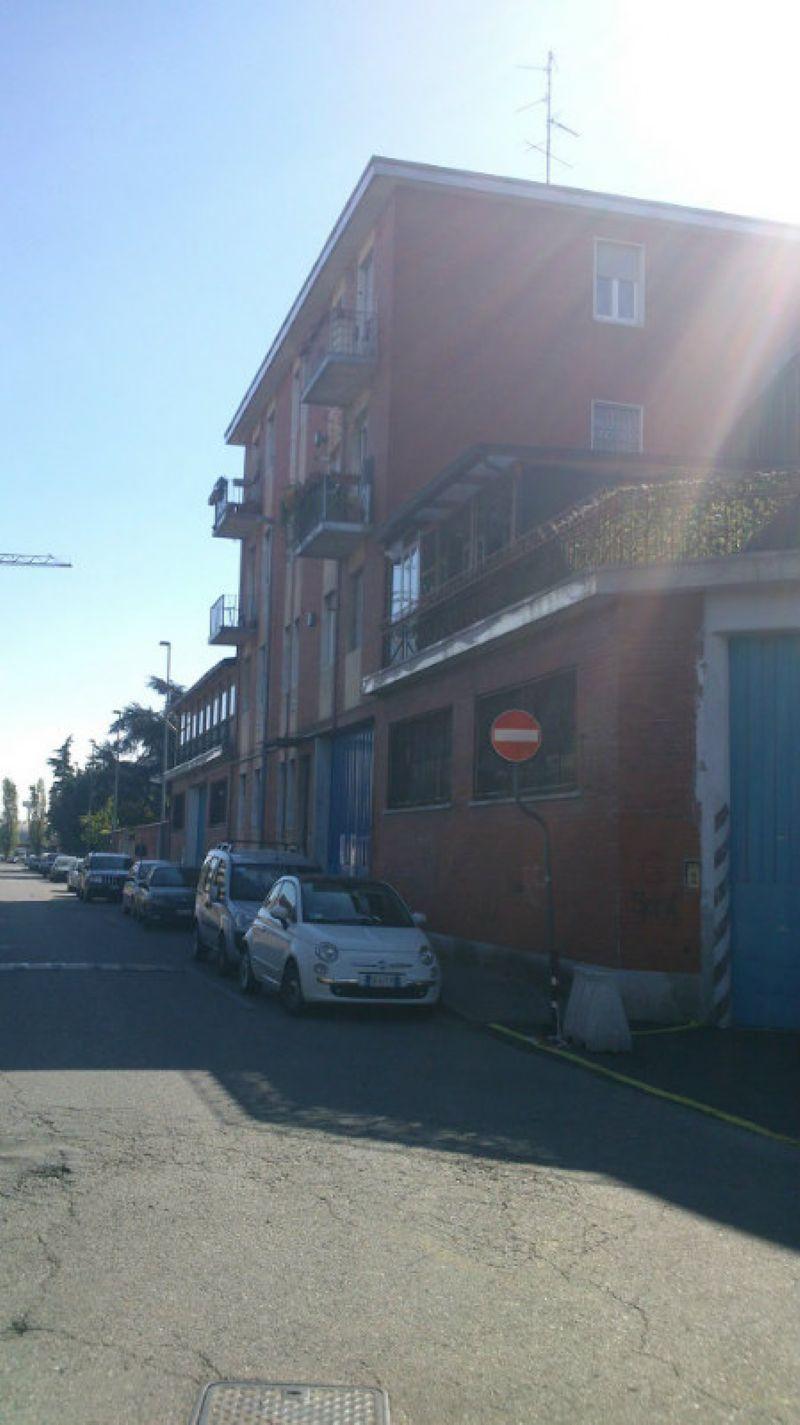 Appartamento in vendita a Baranzate, 3 locali, prezzo € 65.000 | Cambiocasa.it