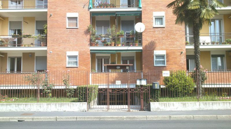 Appartamento in vendita a Baranzate, 2 locali, prezzo € 69.000 | Cambiocasa.it