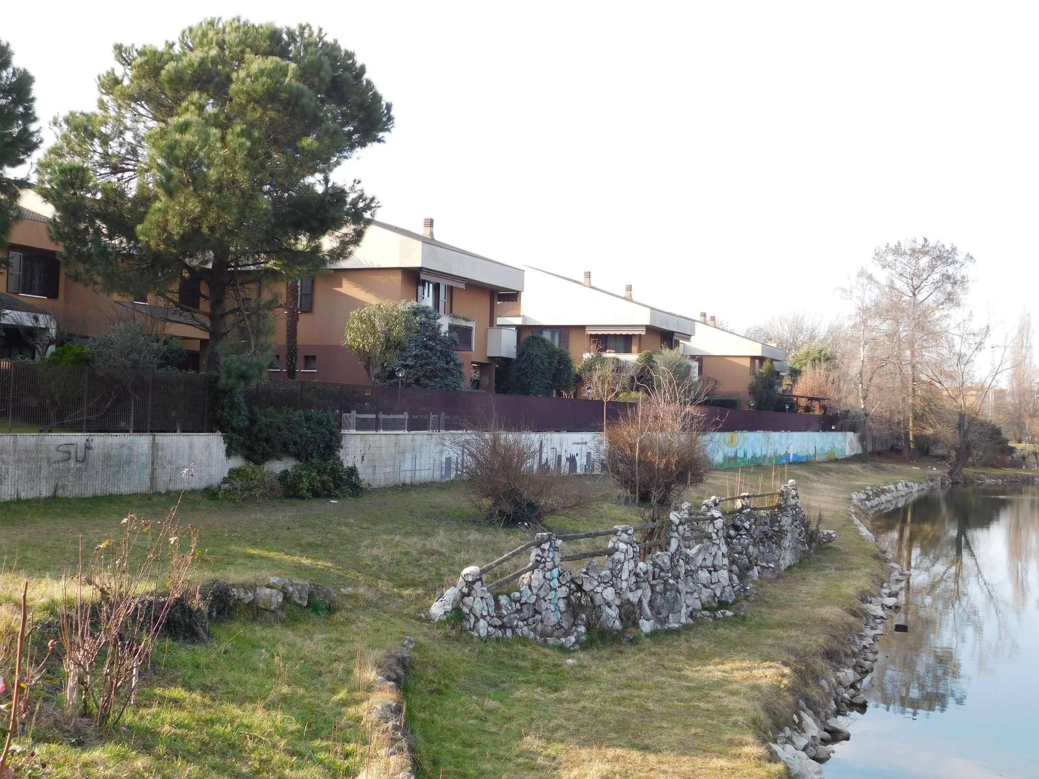 Villa a Schiera in vendita a Buccinasco, 5 locali, prezzo € 620.000 | CambioCasa.it