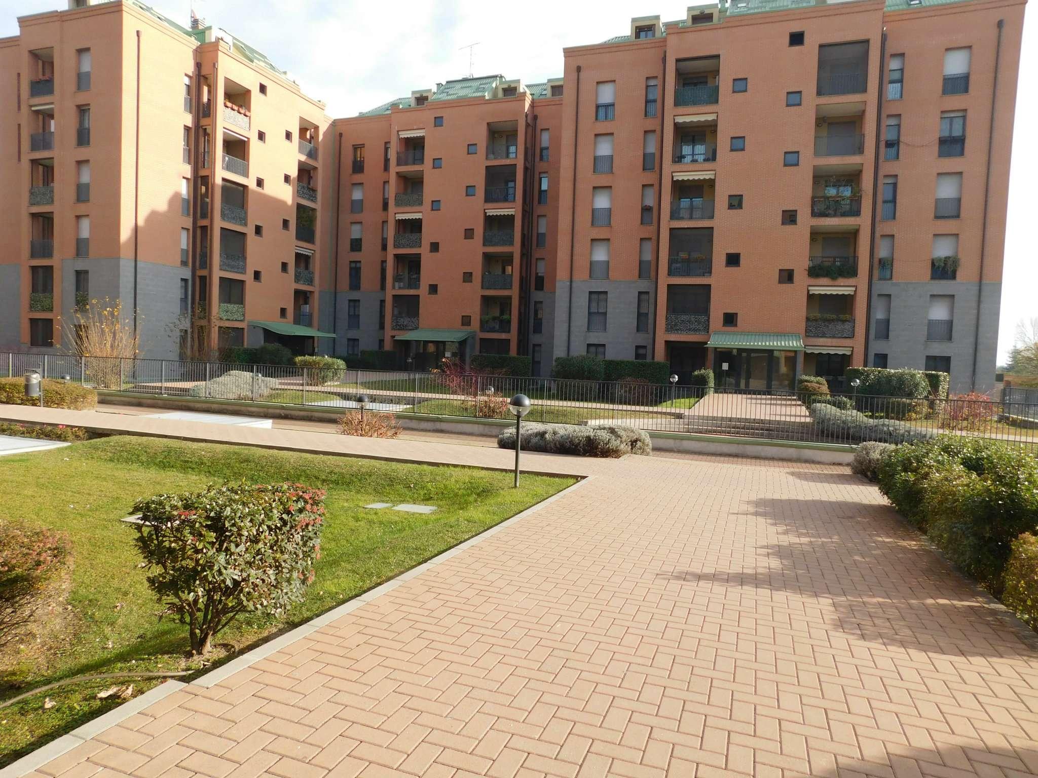 Appartamento in affitto a Buccinasco, 3 locali, prezzo € 800   CambioCasa.it