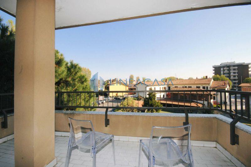 Appartamento in vendita a Buccinasco, 3 locali, prezzo € 269.000 | Cambio Casa.it