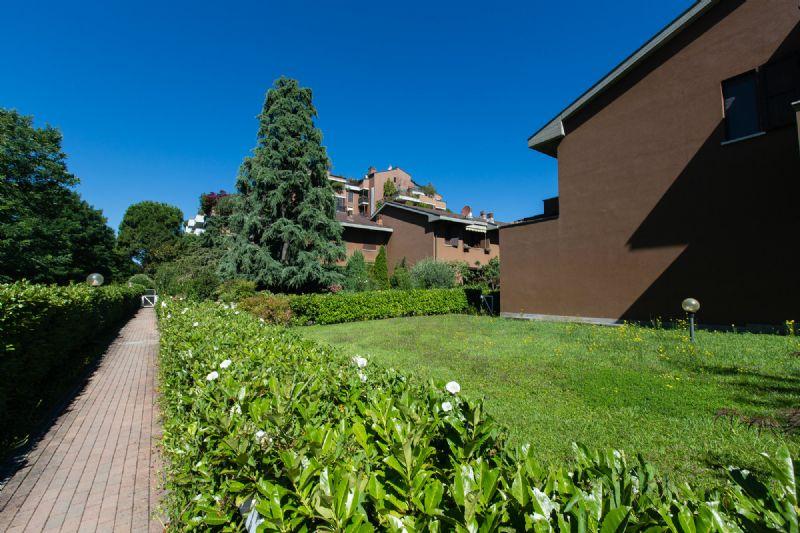 Villa a Schiera in vendita a Buccinasco, 4 locali, prezzo € 470.000 | Cambio Casa.it