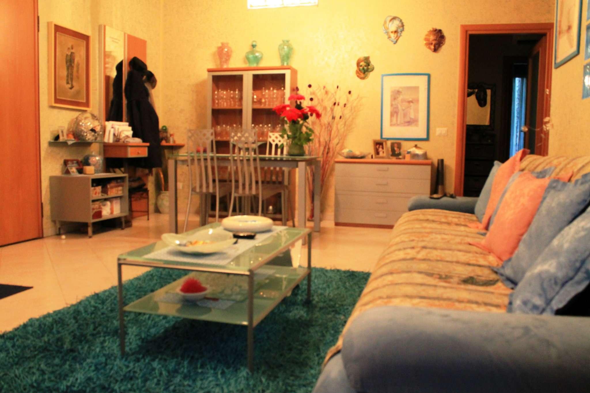 Appartamento in vendita a Giussago, 3 locali, prezzo € 198.000 | Cambio Casa.it