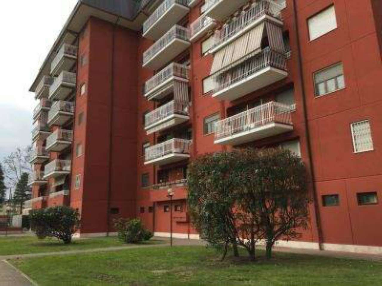 Appartamento in vendita a Assago, 2 locali, prezzo € 130.000   Cambio Casa.it