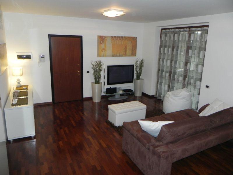 Appartamento in vendita a Buccinasco, 3 locali, prezzo € 430.000 | Cambio Casa.it