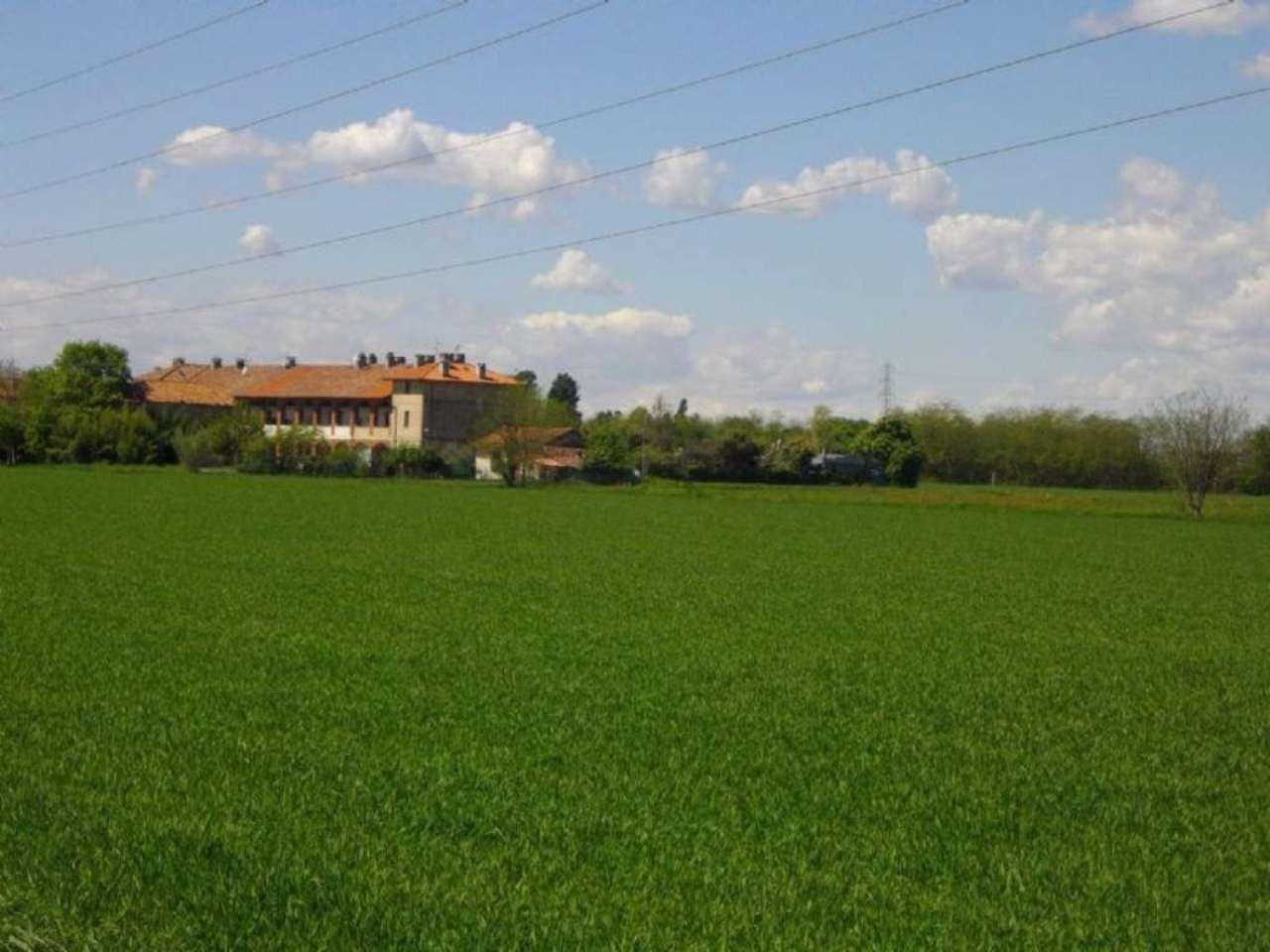 Terreno Agricolo in vendita a Caponago, 9999 locali, Trattative riservate | Cambio Casa.it