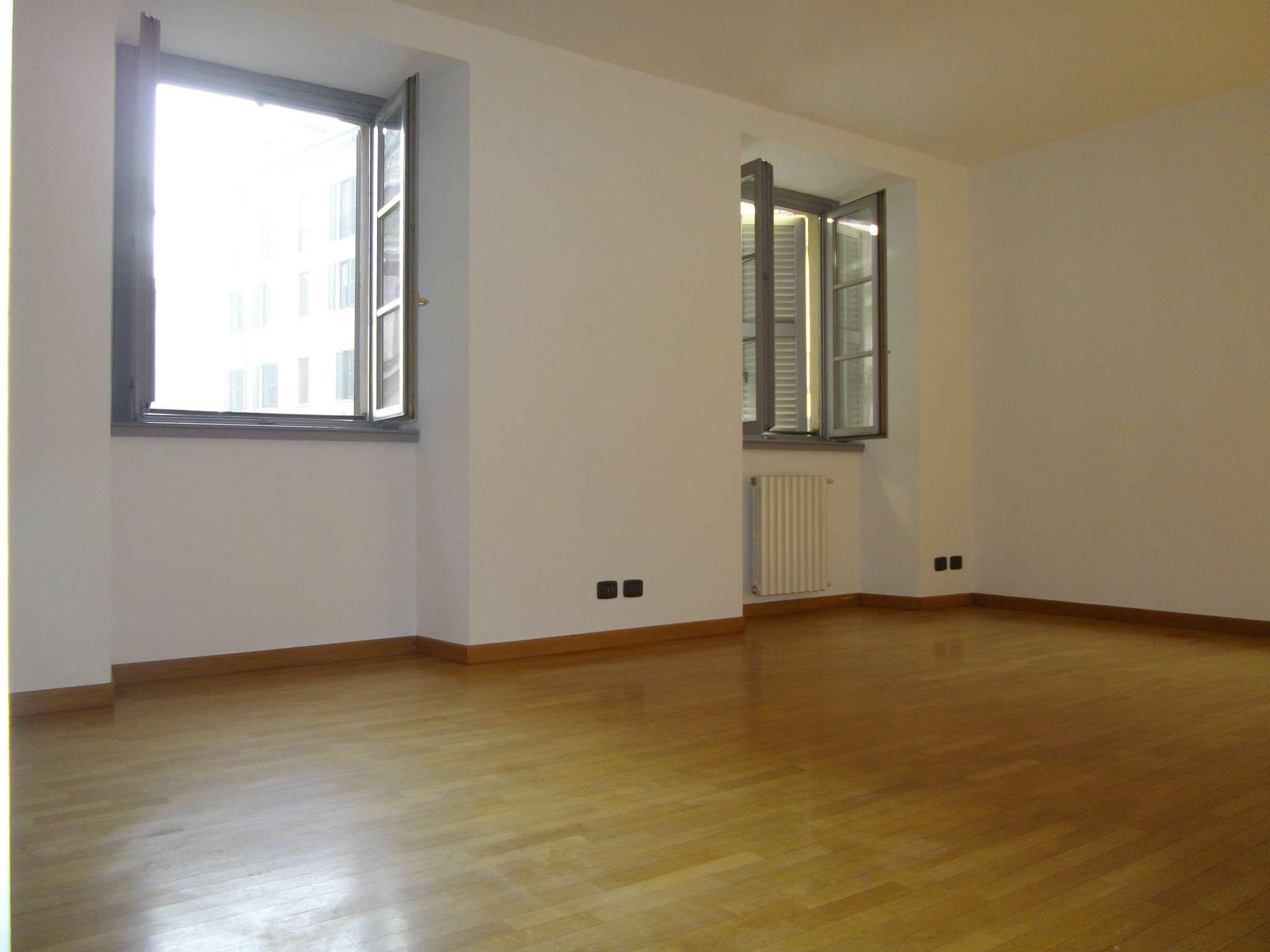 Appartamento in affitto a Milano, 3 locali, zona Zona: 1 . Centro Storico, Duomo, Brera, Cadorna, Cattolica, prezzo € 2.000   Cambio Casa.it