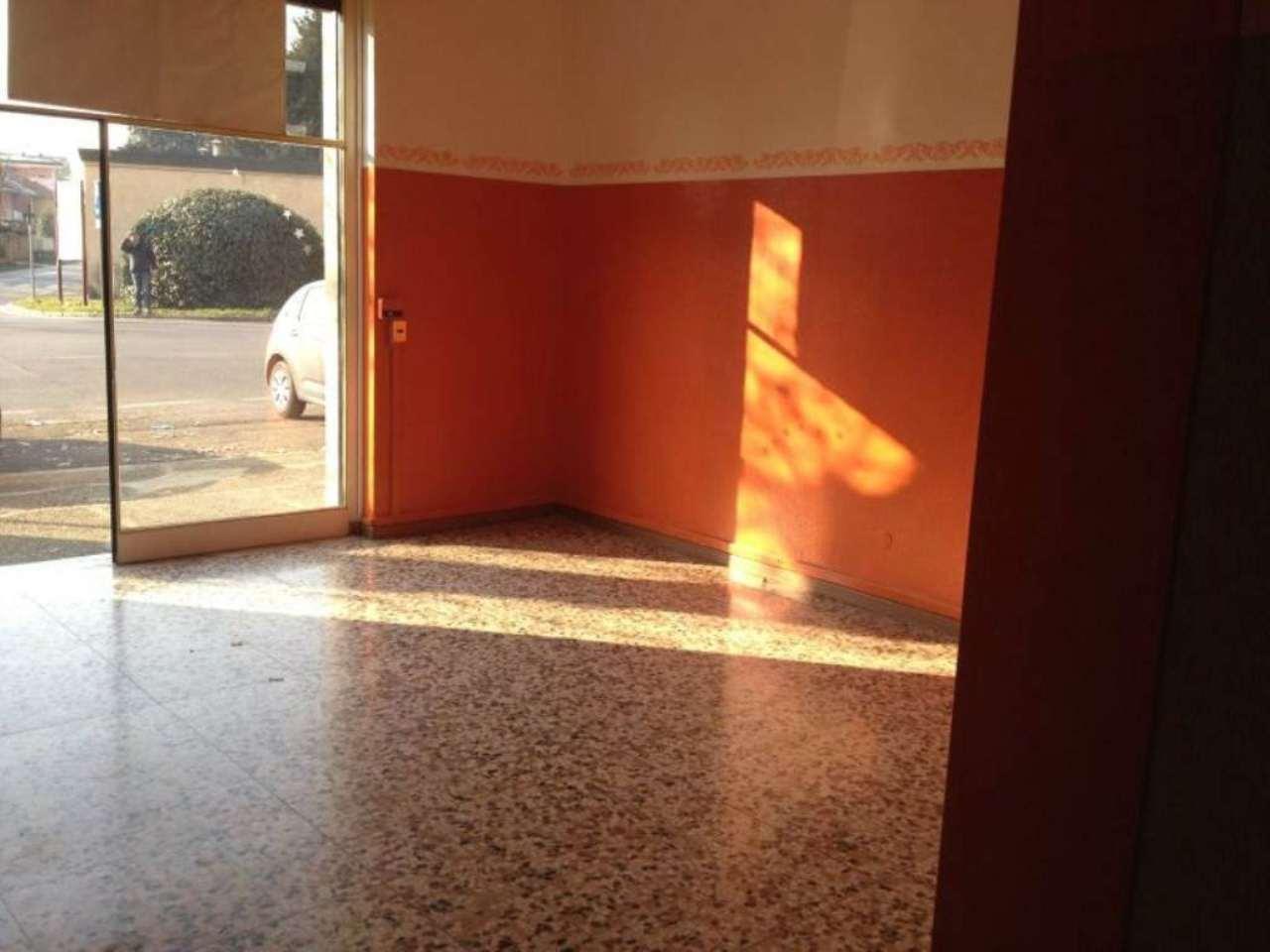 Negozio / Locale in vendita a Caronno Pertusella, 2 locali, prezzo € 62.000 | Cambio Casa.it