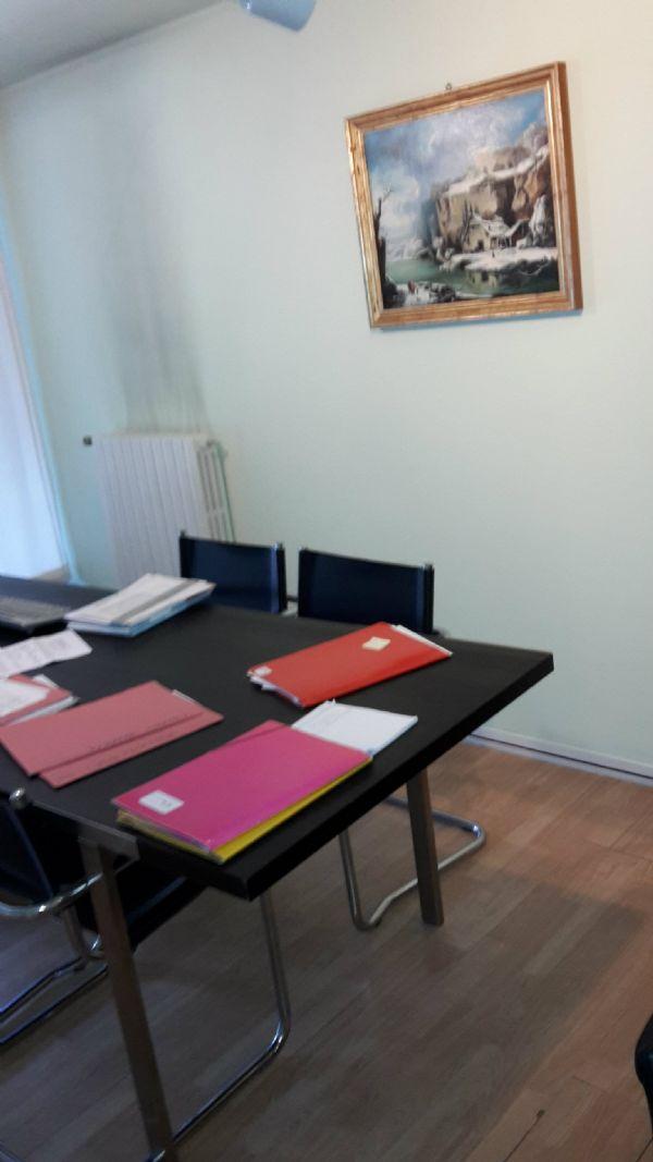 Negozio / Locale in affitto a Cinisello Balsamo, 9999 locali, prezzo € 850 | CambioCasa.it