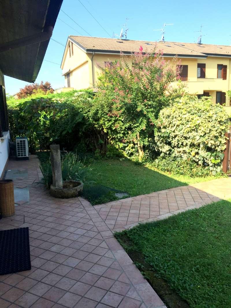 Villa in vendita a Gorgonzola, 4 locali, prezzo € 320.000 | CambioCasa.it