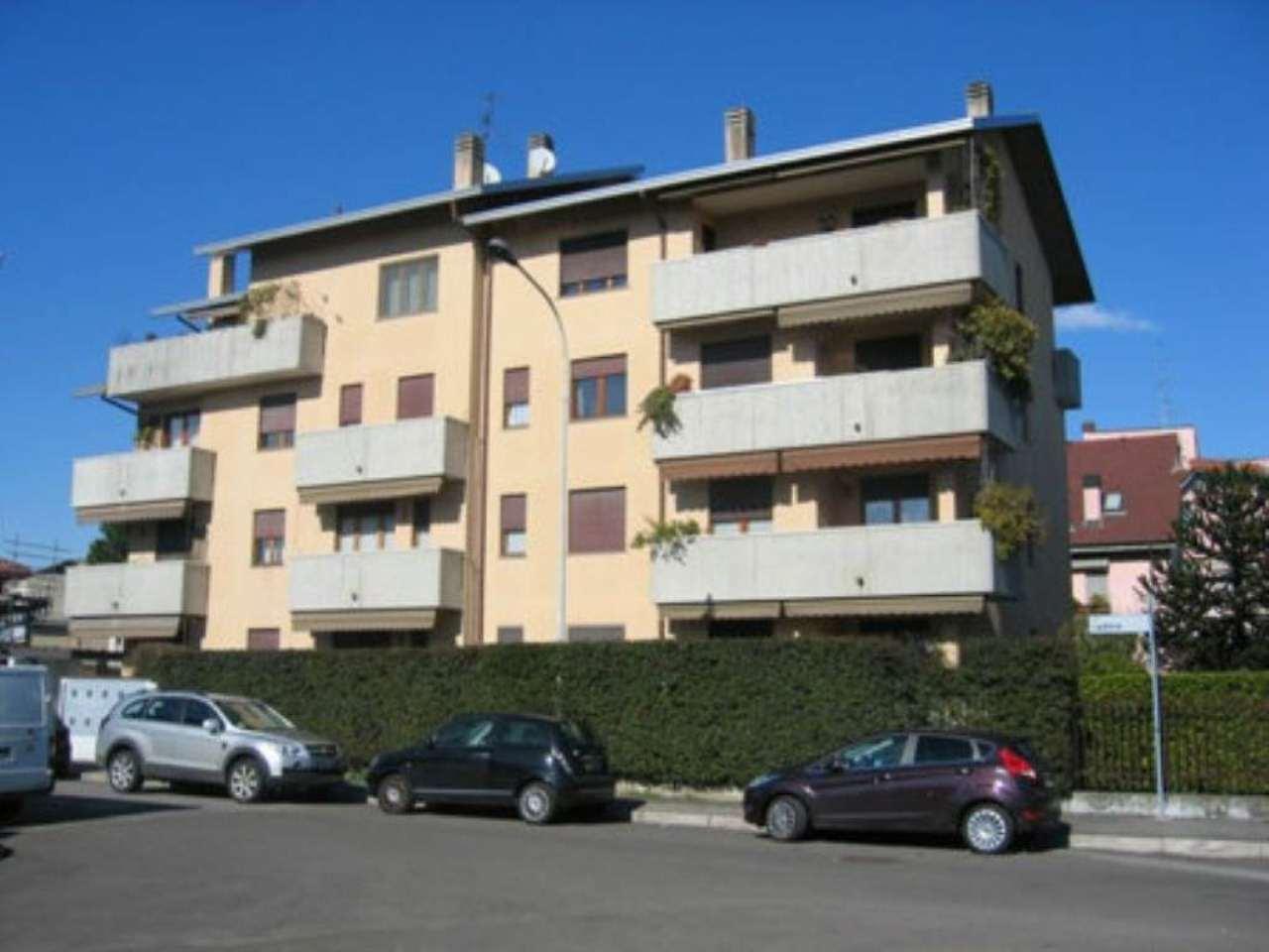 Bilocale Legnano Via Cadore 12