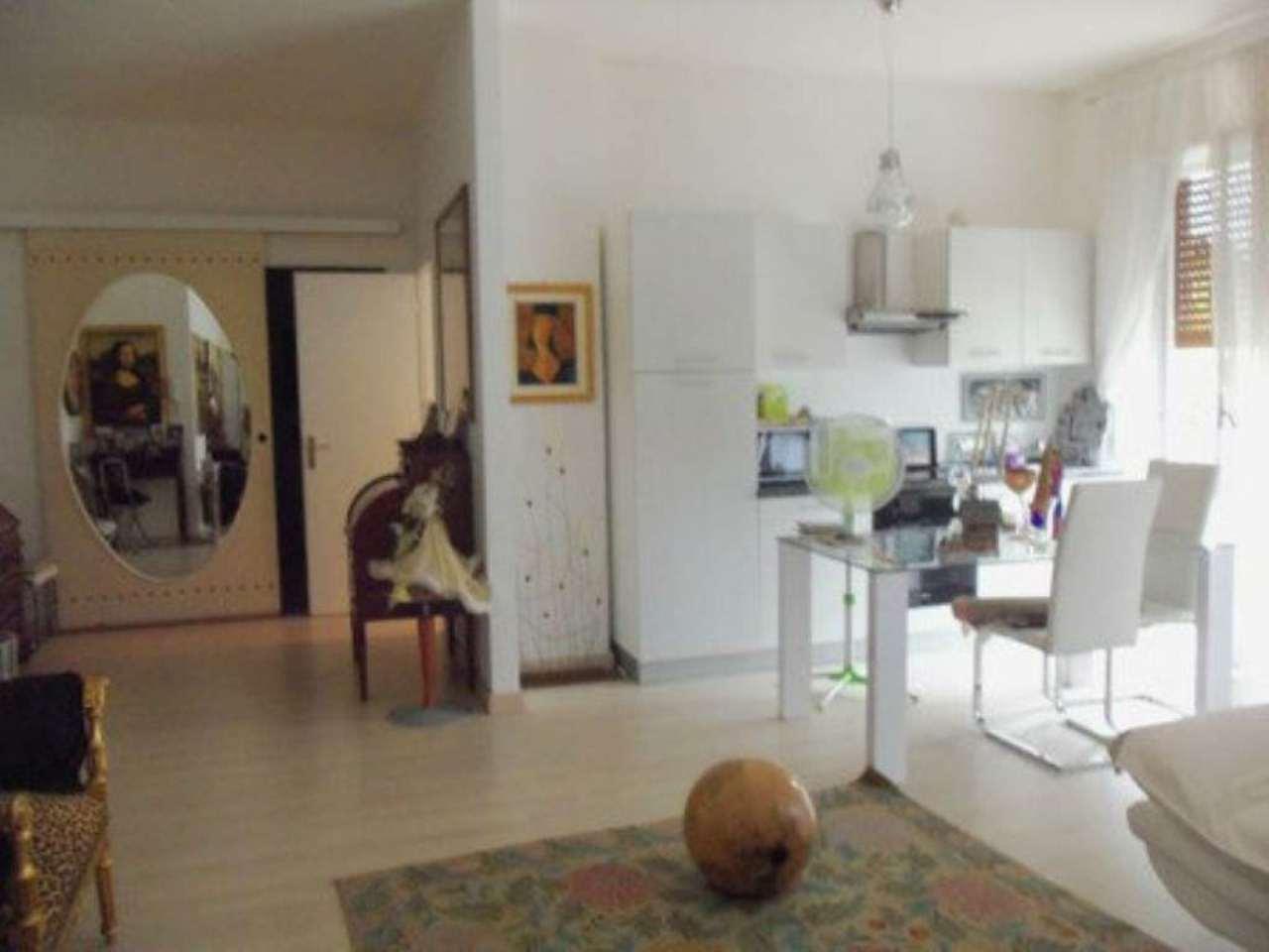 Bilocale Castellanza Via Borsano 4