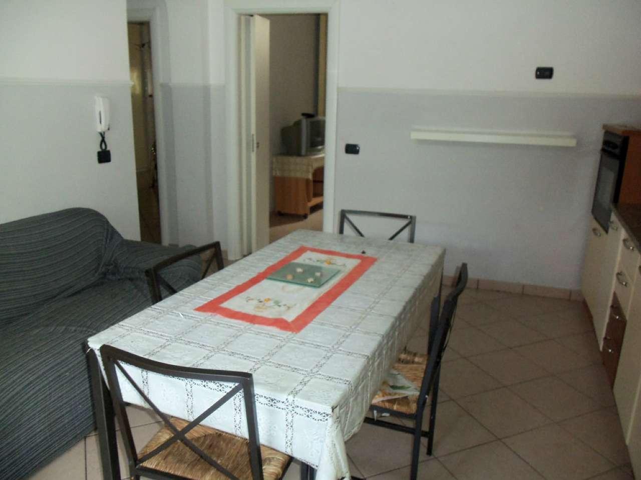 Bilocale Legnano Via Galileo Galilei 3