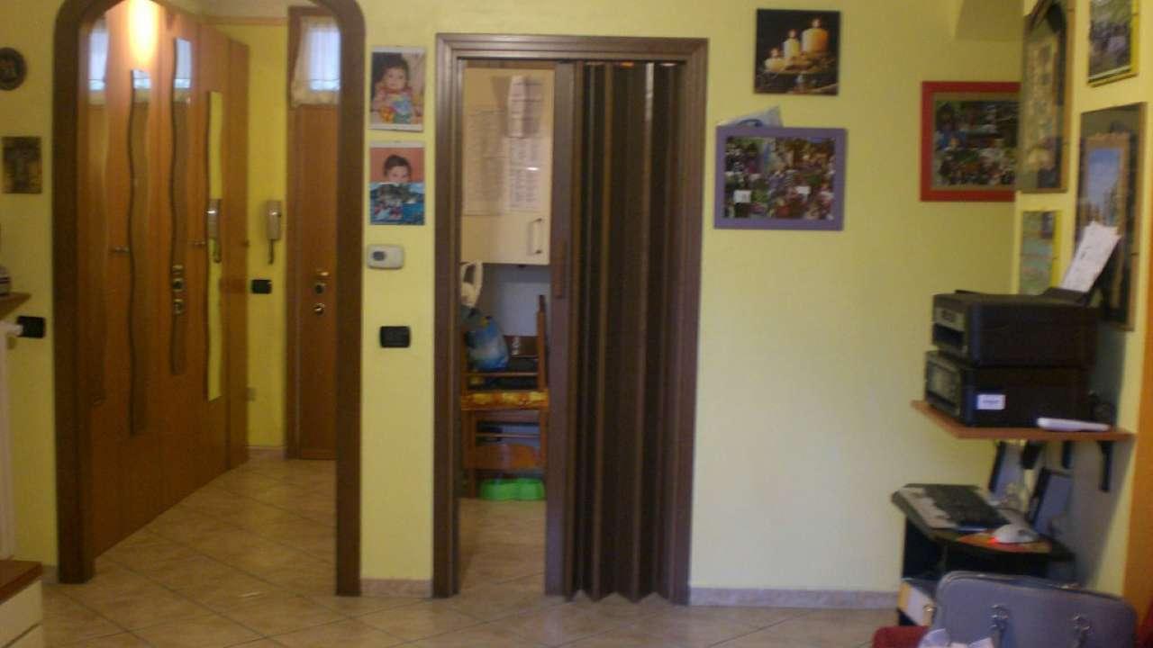 Bilocale Legnano Via Correnti 4