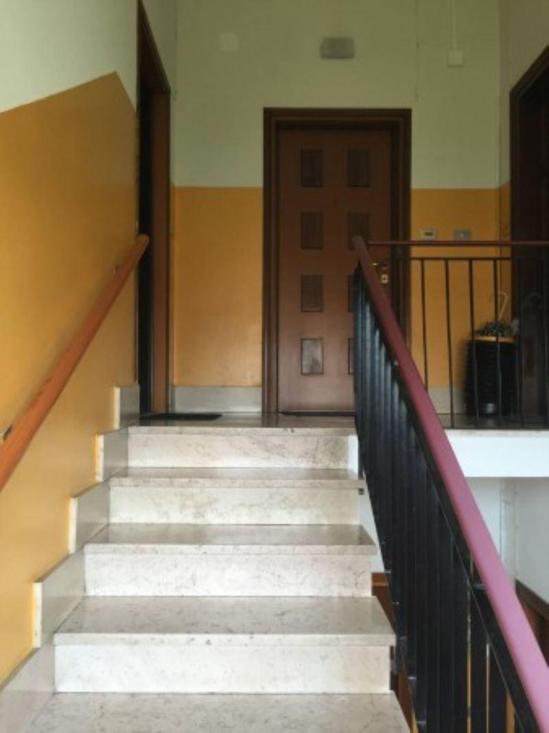Appartamento in vendita a Carpiano, 3 locali, prezzo € 75.000 | Cambio Casa.it