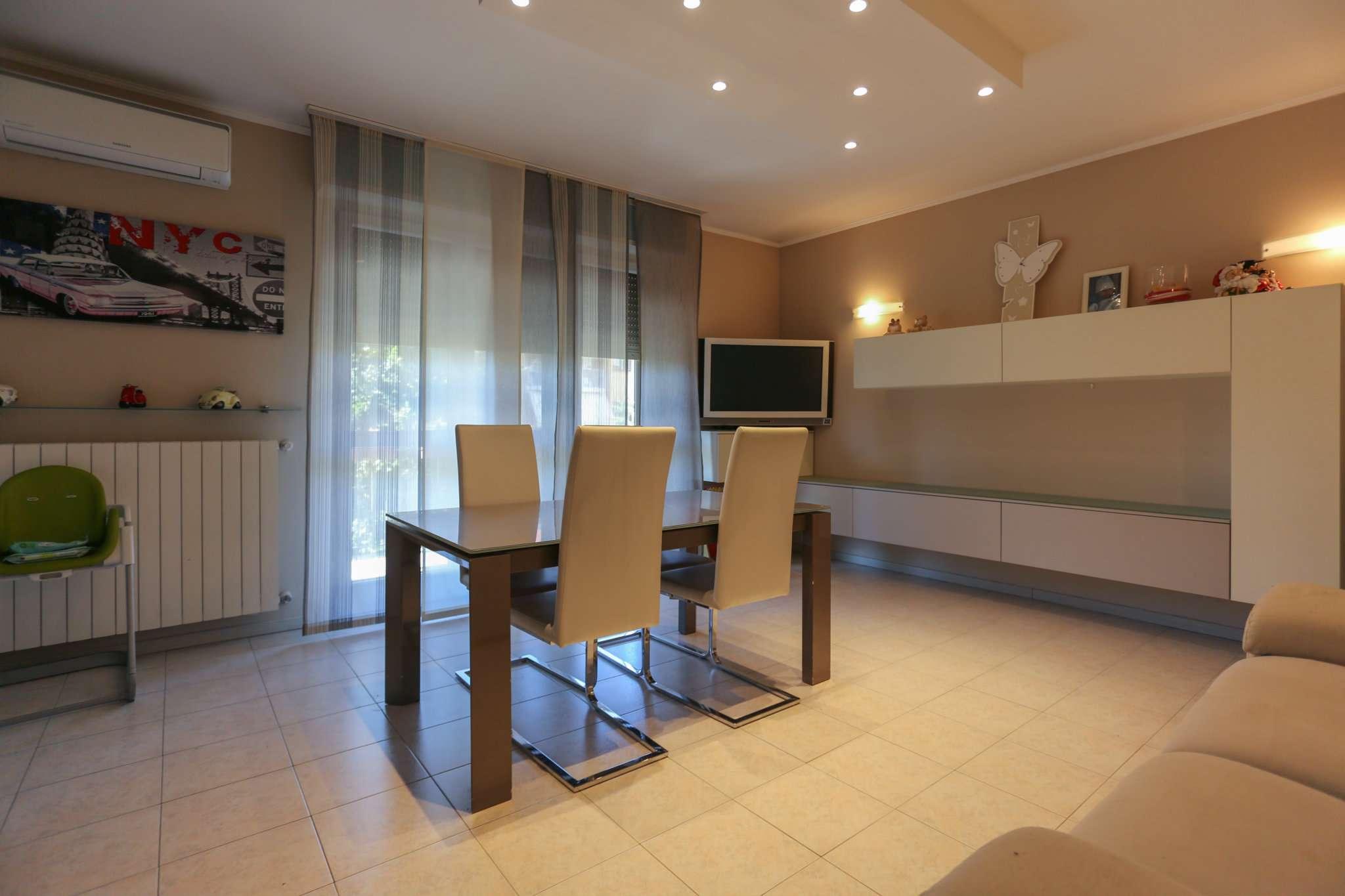 Appartamento in vendita a Cislago, 3 locali, prezzo € 150.000 | CambioCasa.it