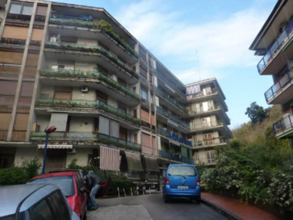 Appartamento in vendita a Napoli, 3 locali, zona Zona: 3 . San Carlo all'Arena, Stella, Capodimonte, Colli Arinei, prezzo € 225.000 | Cambio Casa.it