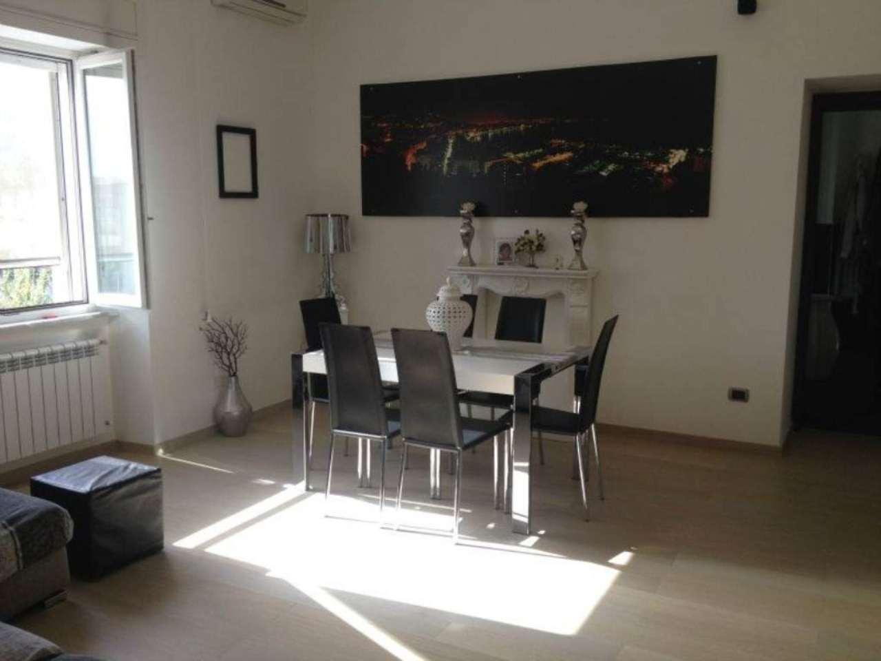 Appartamento in vendita a Napoli, 3 locali, zona Zona: 4 . San Lorenzo, Vicaria, Poggioreale, Zona Industriale, Centro Direzionale, prezzo € 169.000 | Cambio Casa.it