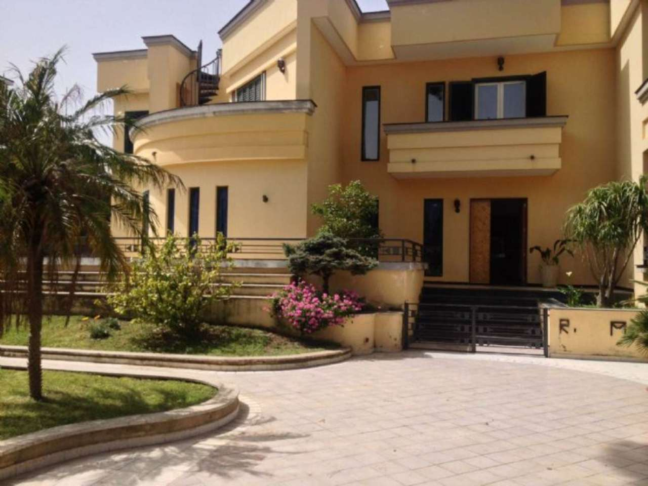 Villa in vendita a Angri, 8 locali, prezzo € 1.400.000 | Cambio Casa.it