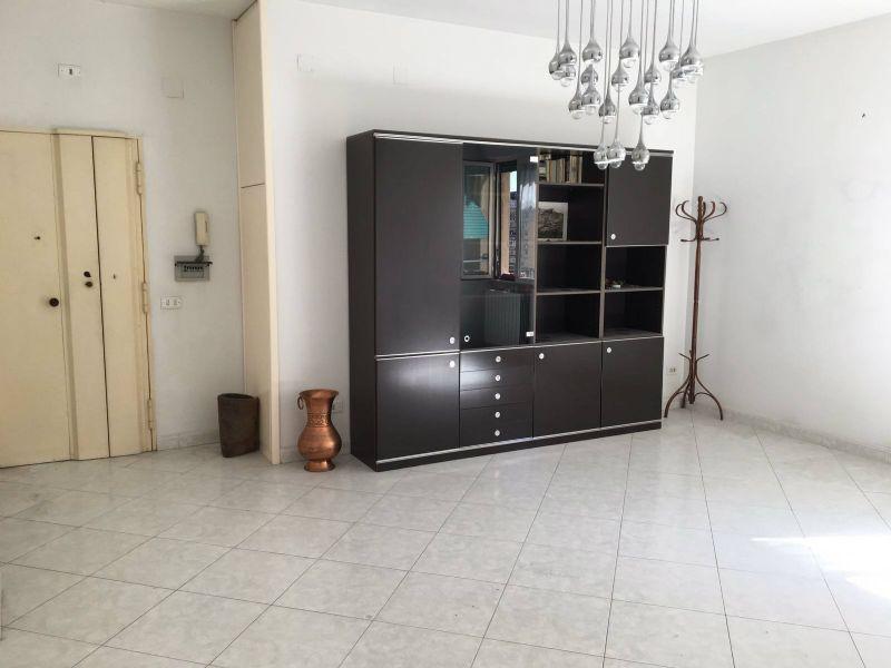 Appartamento in vendita a Napoli, 3 locali, zona Zona: 10 . Bagnoli, Fuorigrotta, Agnano, prezzo € 185.000 | Cambio Casa.it