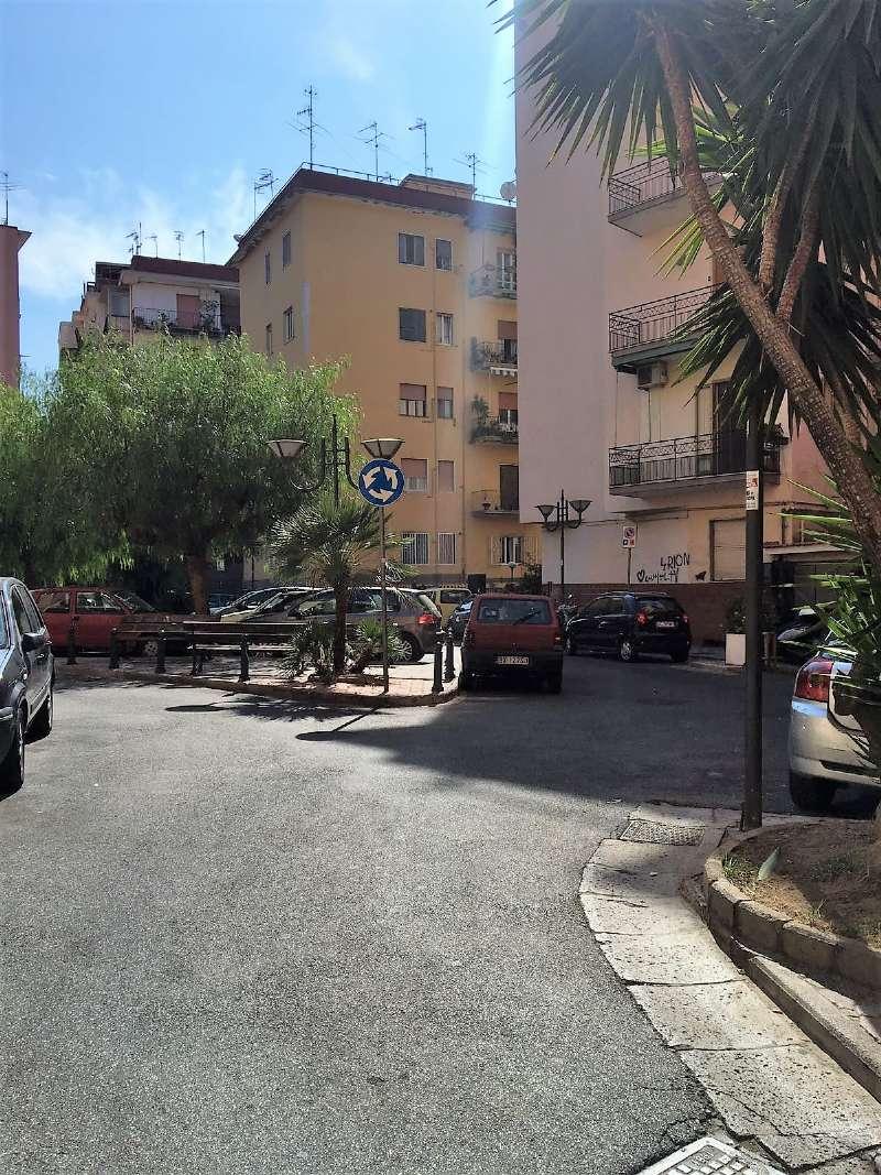 Appartamento in affitto a Portici, 3 locali, prezzo € 700 | CambioCasa.it