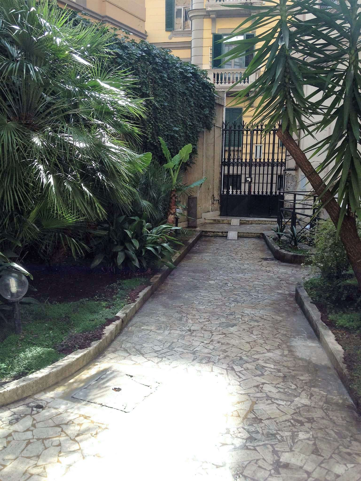 Appartamento in affitto a Napoli, 2 locali, zona Zona: 1 . Chiaia, Posillipo, San Ferdinando, prezzo € 780 | CambioCasa.it