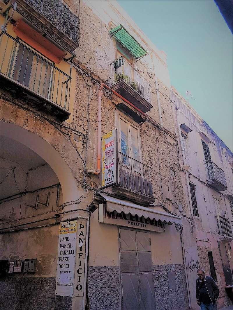 Appartamento in vendita a Napoli, 1 locali, zona Zona: 6 . Ponticelli, Barra, San Giovanni a Teduccio, prezzo € 27.000 | CambioCasa.it