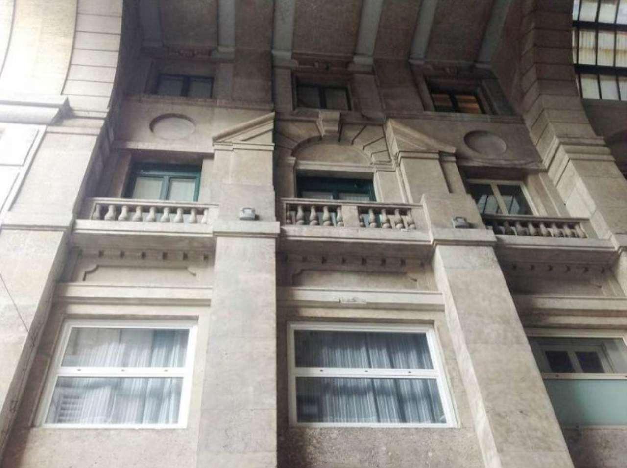 Appartamento in vendita a milano mi centro storico for Case in vendita milano centro