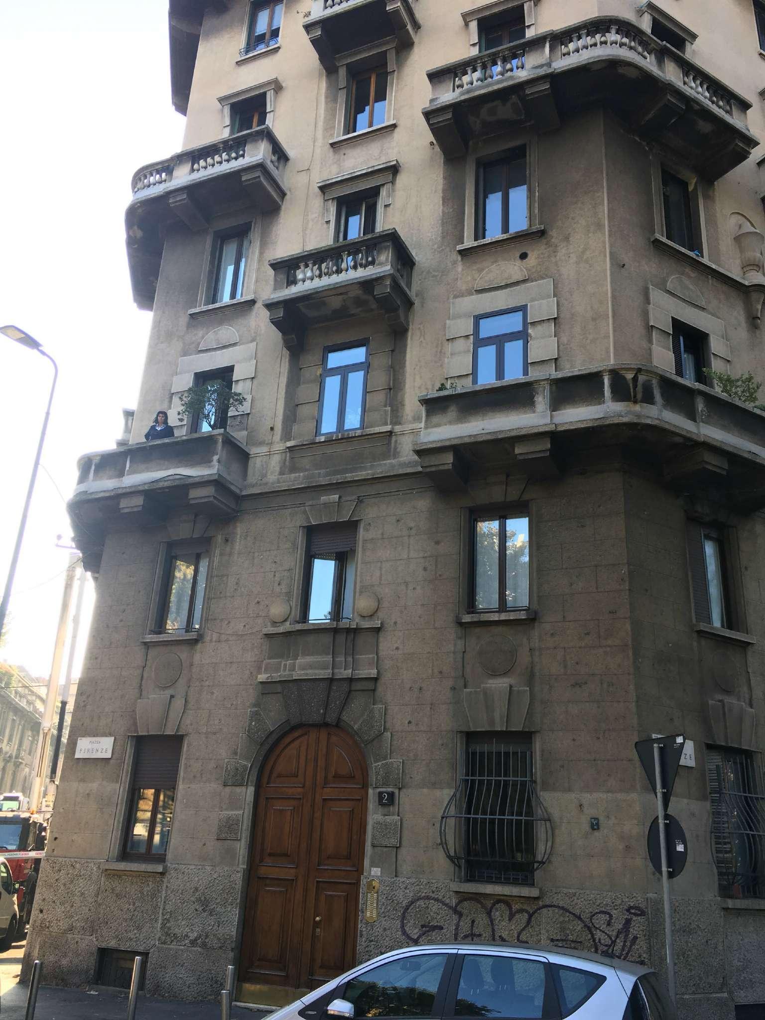 Appartamento in Vendita a Milano 17 Marghera / Wagner / Fiera:  4 locali, 140 mq  - Foto 1