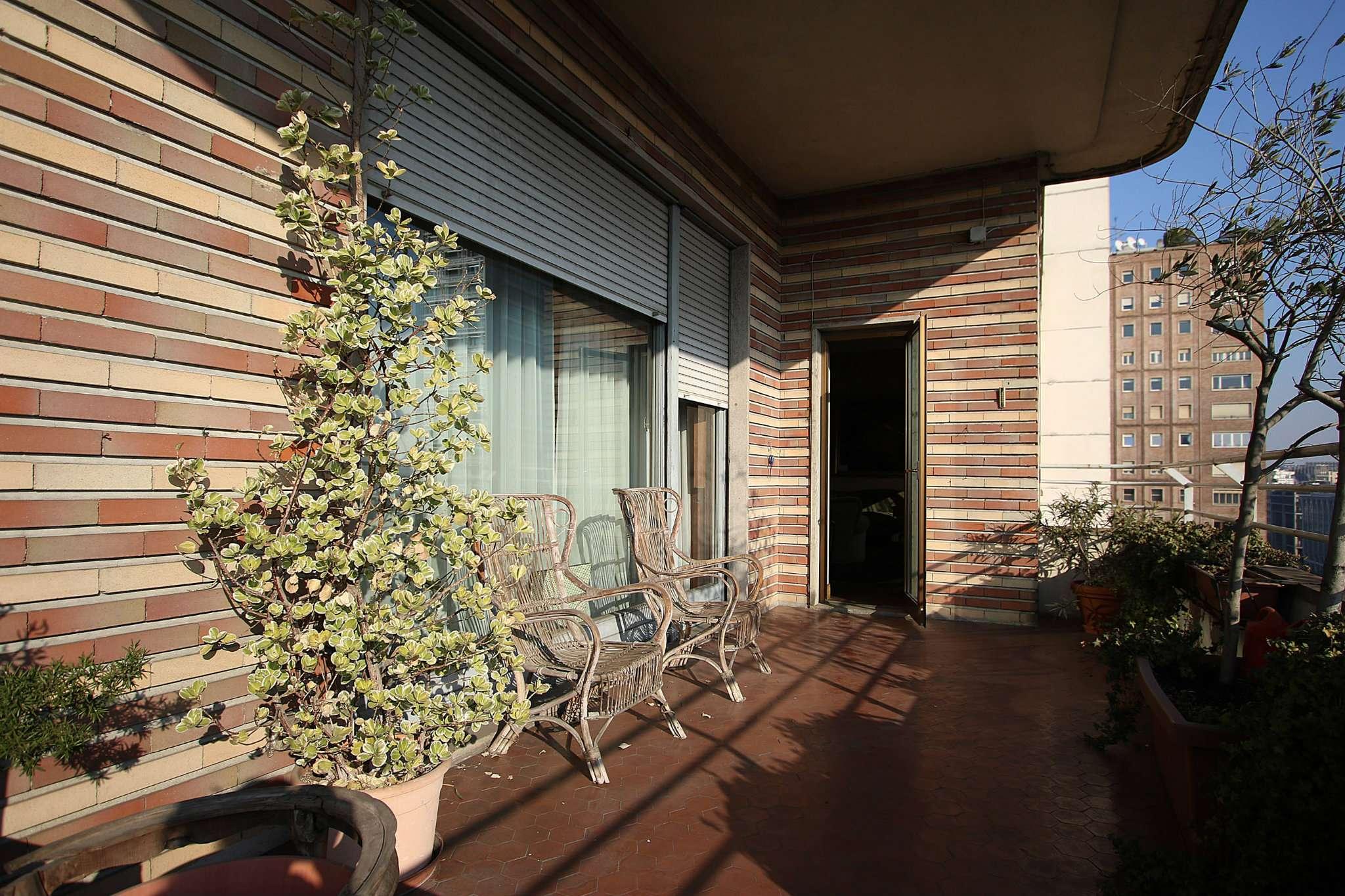 Appartamento in Vendita a Milano: 5 locali, 335 mq - Foto 1