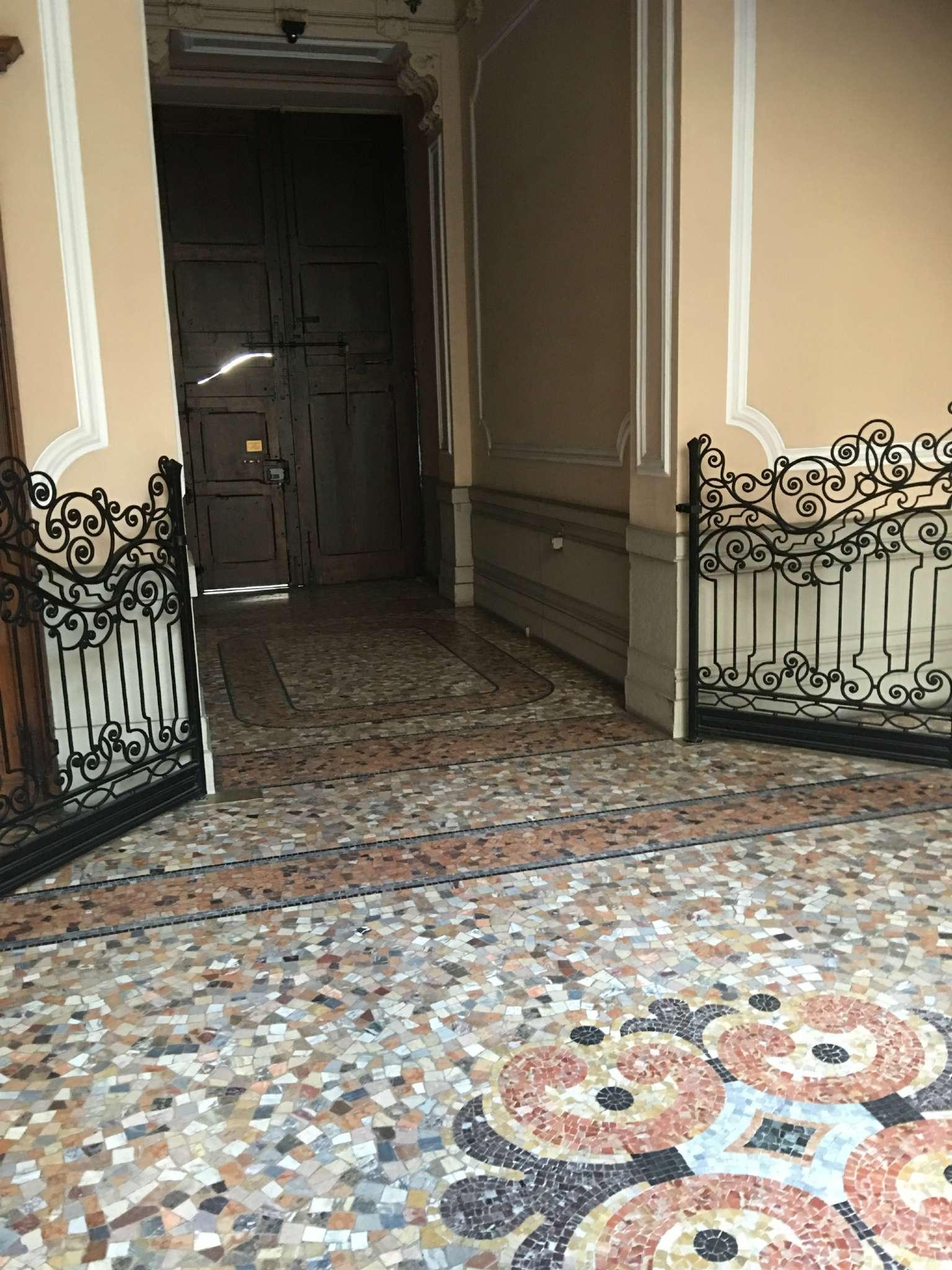 Appartamento in Vendita a Milano: 5 locali, 240 mq - Foto 4