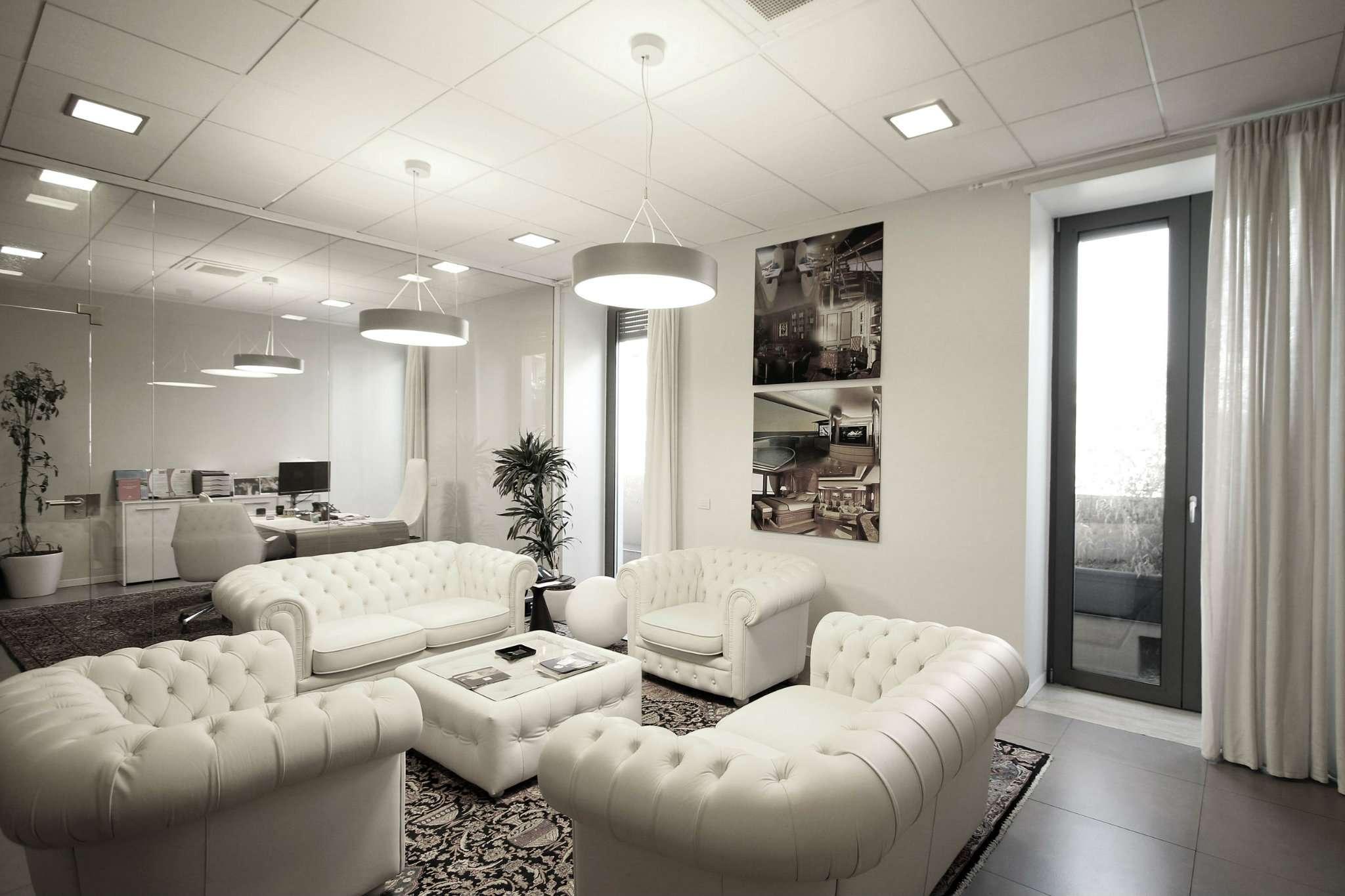 Ufficio-studio in Vendita a Milano 06 Italia / Porta Romana / Bocconi / Lodi: 5 locali, 630 mq