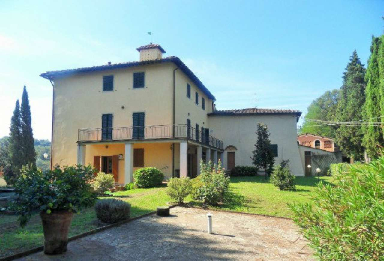 Villa in Vendita a San Giovanni Valdarno: 1500 mq
