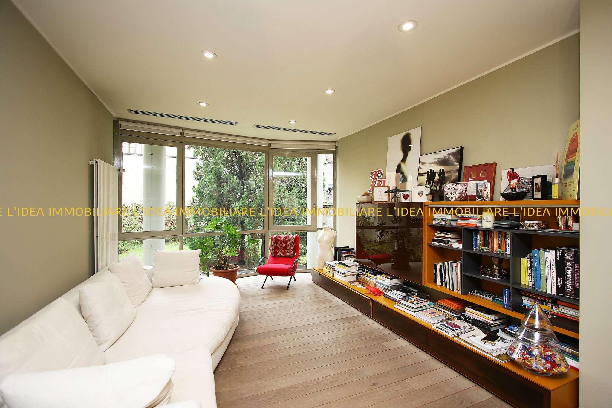Appartamento in Vendita a Milano 08 Vercelli / Magenta / Cadorna / Washington:  4 locali, 212 mq  - Foto 1