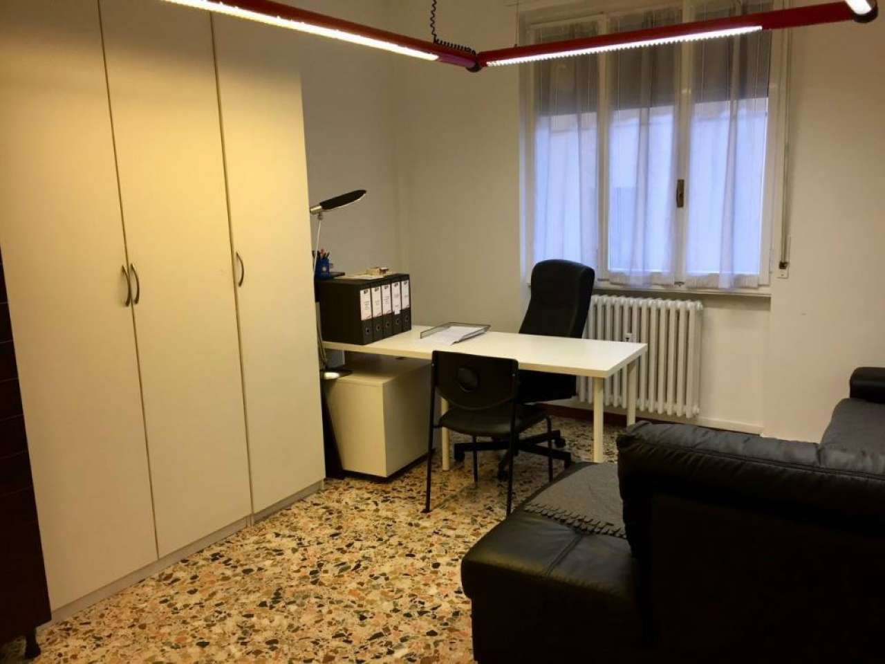 Ufficio-studio in Vendita a Corsico: 89 mq