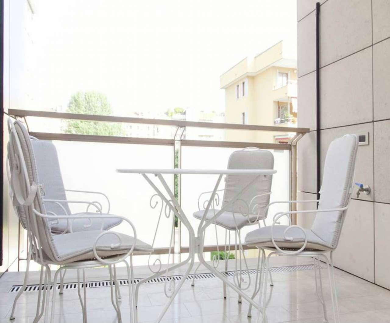 Appartamento in Affitto a Milano 29 Certosa / Bovisa / Dergano / Maciachini / Istria / Testi: 3 locali, 145 mq