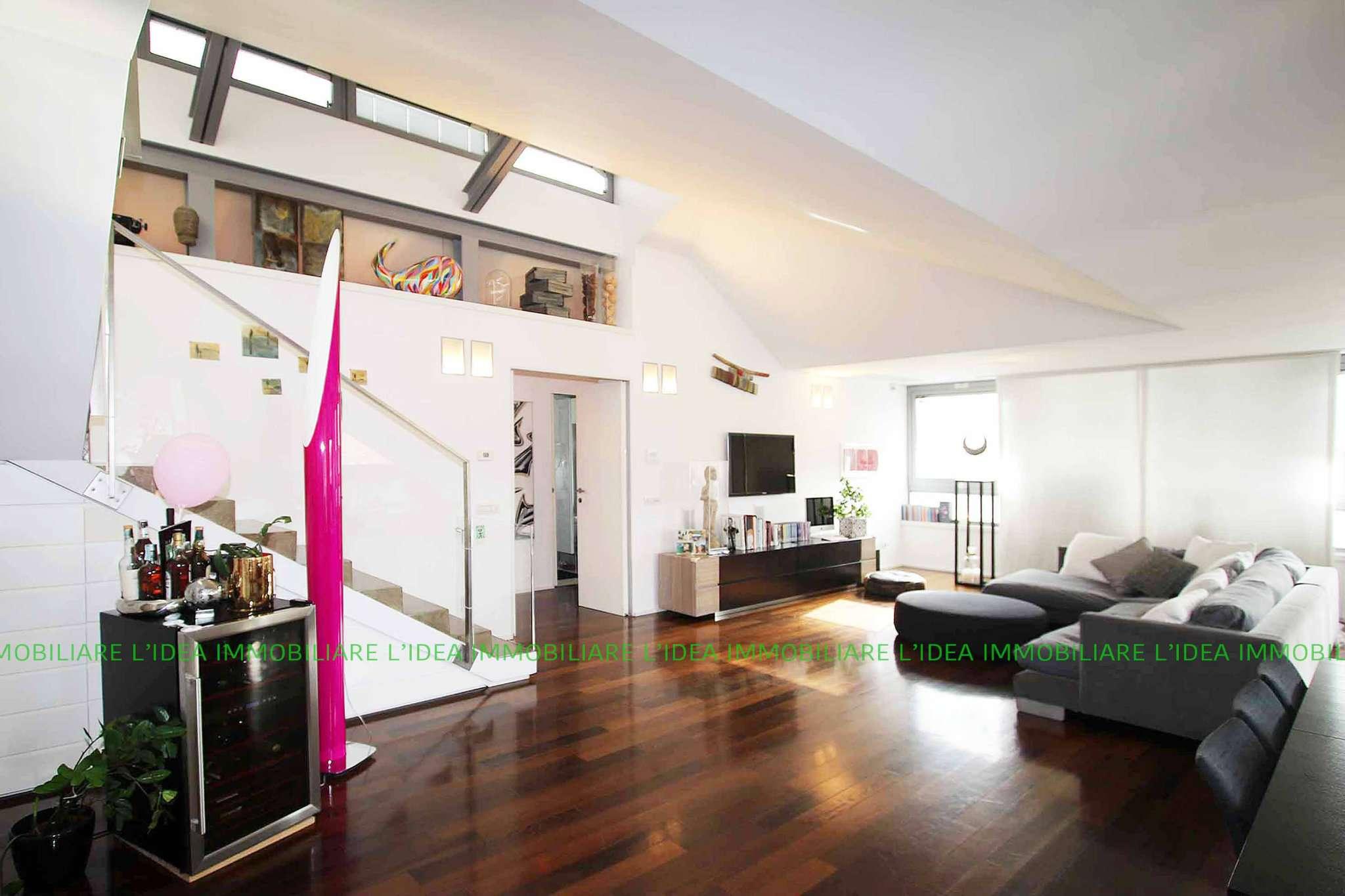 Appartamento in Vendita a Milano via gustavo modena