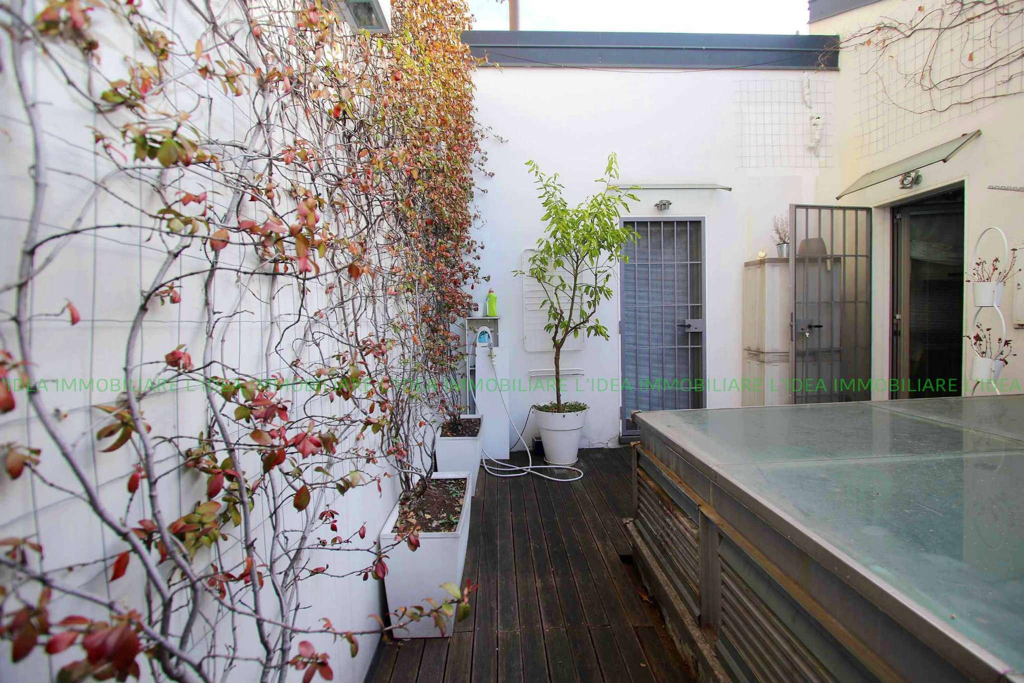 Appartamento in Vendita a Milano 03 Venezia / Piave / Buenos Aires: 4 locali, 180 mq