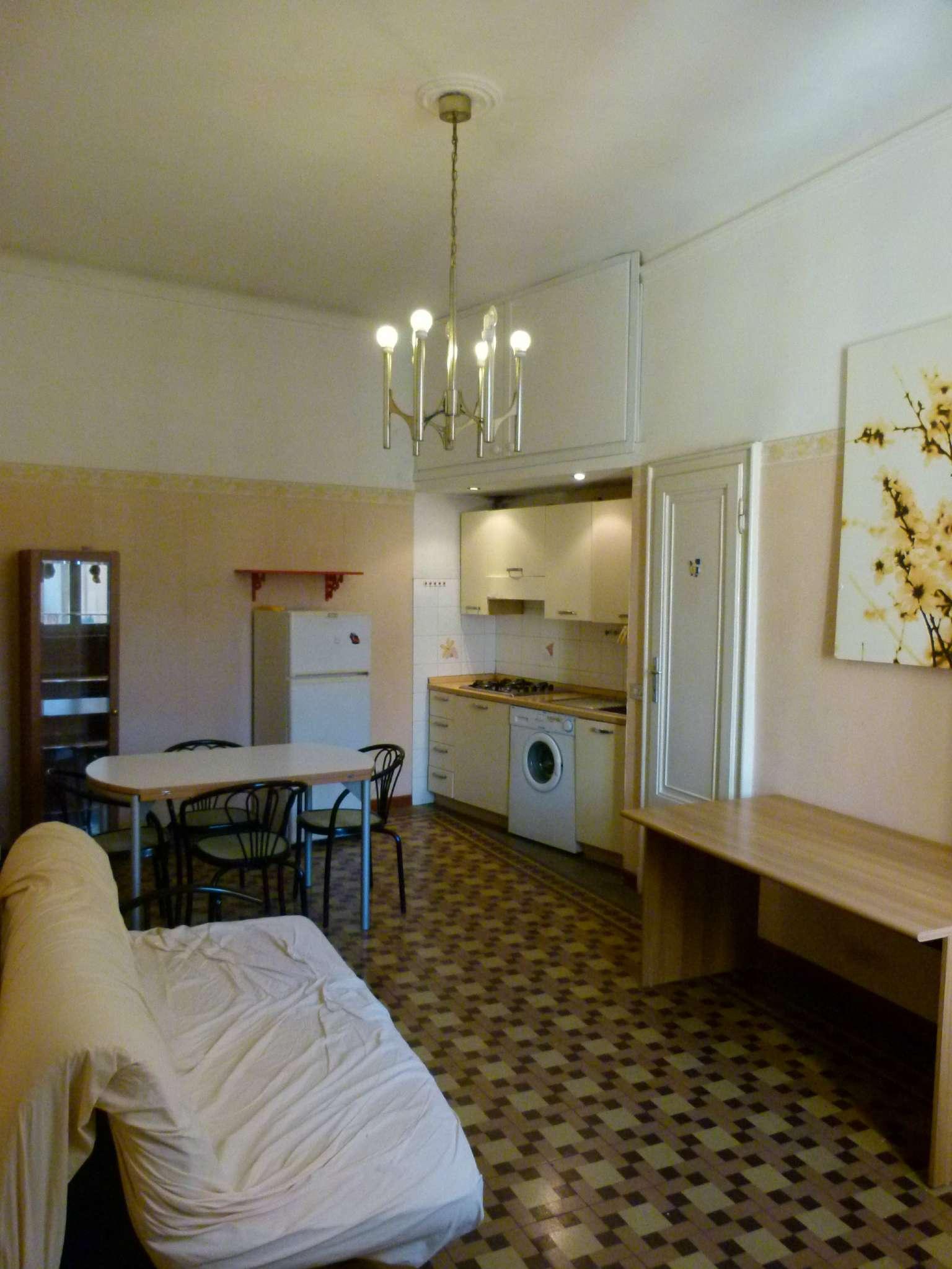 Appartamento in Affitto a Milano 27 Baggio / Novara / Forze Armate: 2 locali, 80 mq