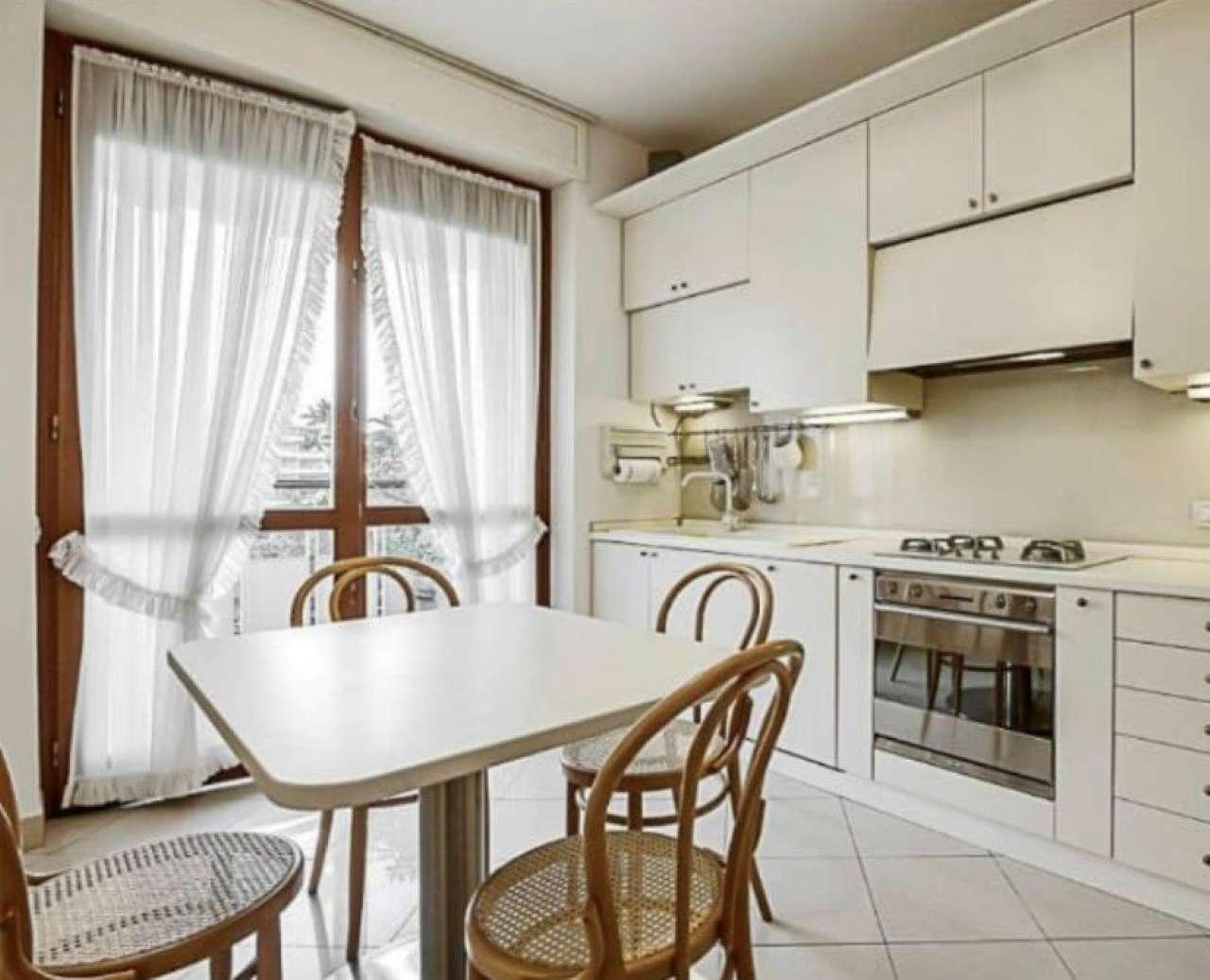 Appartamento in Affitto a Milano 18 Ippodromo / San Siro / Zavattari: 4 locali, 165 mq