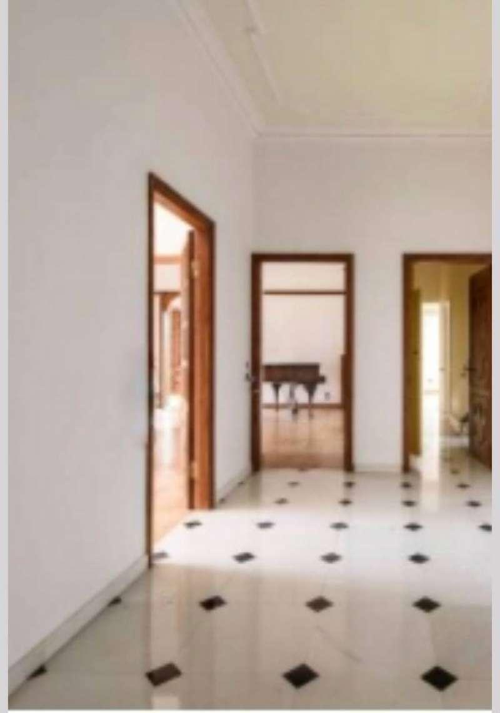 Appartamento in Affitto a Milano 01 Centro storico (Cerchia dei Navigli): 5 locali, 265 mq