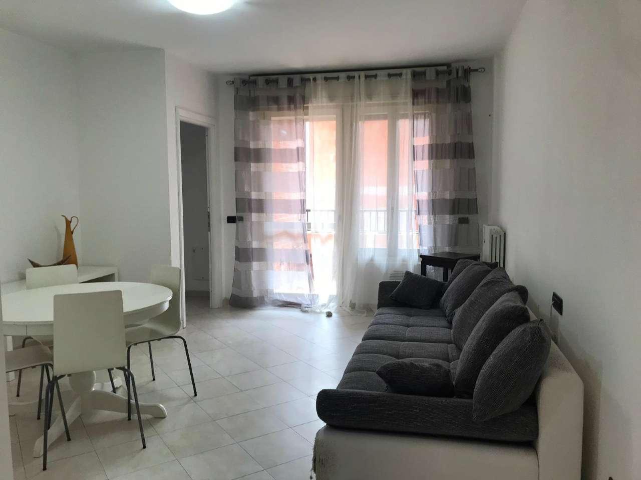 Appartamento in Vendita a Corsico: 2 locali, 64 mq