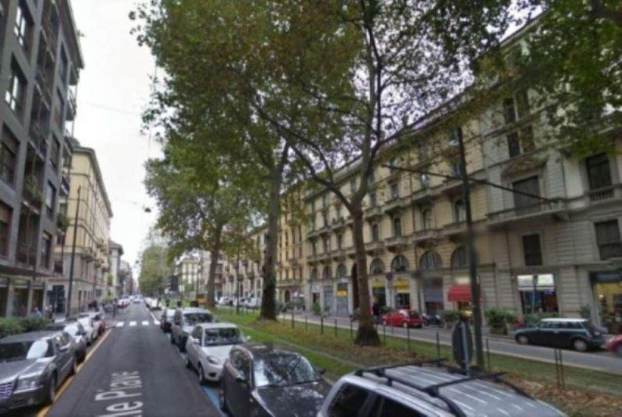 Negozio-locale in Vendita a Milano 03 Venezia / Piave / Buenos Aires: 3 locali, 150 mq