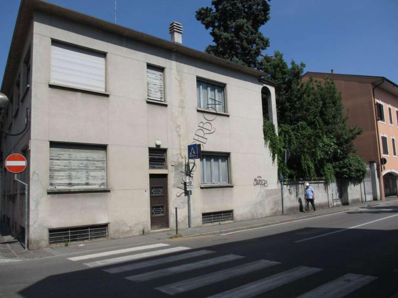 Soluzione Indipendente in vendita a Melzo, 8 locali, prezzo € 380.000 | CambioCasa.it