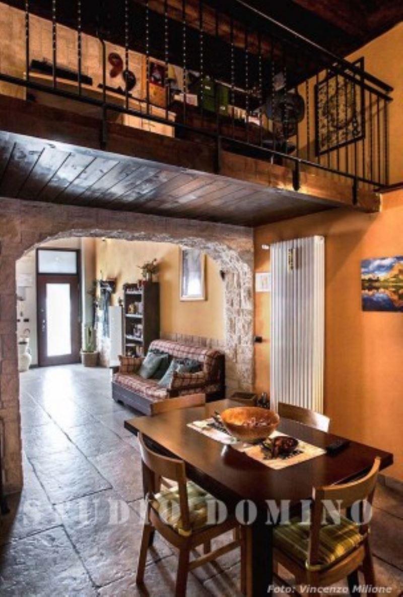 Appartamento in vendita a Cesano Boscone, 4 locali, prezzo € 270.000 | Cambio Casa.it