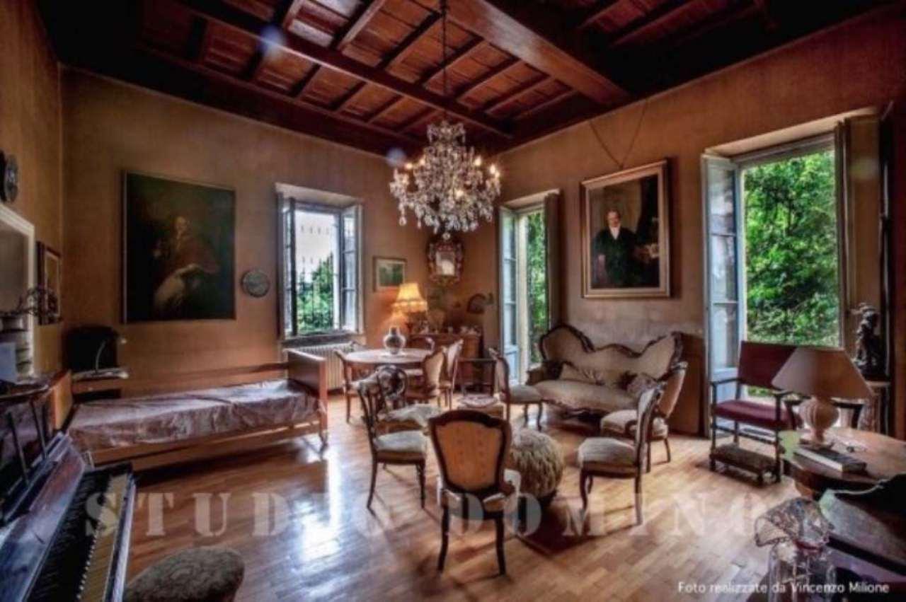 Villa in vendita a Cassano d'Adda, 6 locali, Trattative riservate | CambioCasa.it