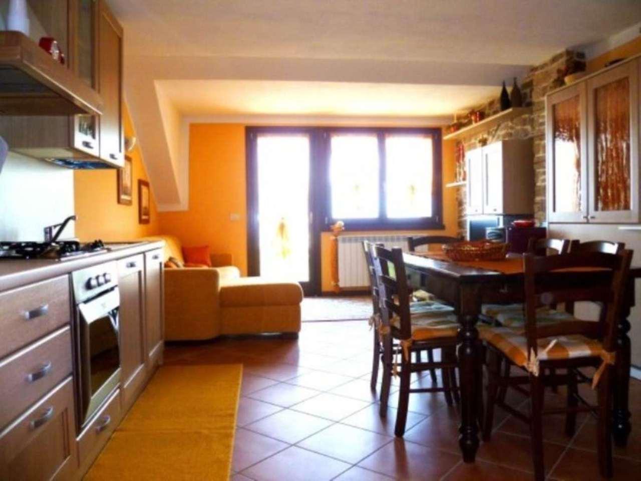 Appartamento in vendita a Artogne, 2 locali, prezzo € 180.000 | CambioCasa.it