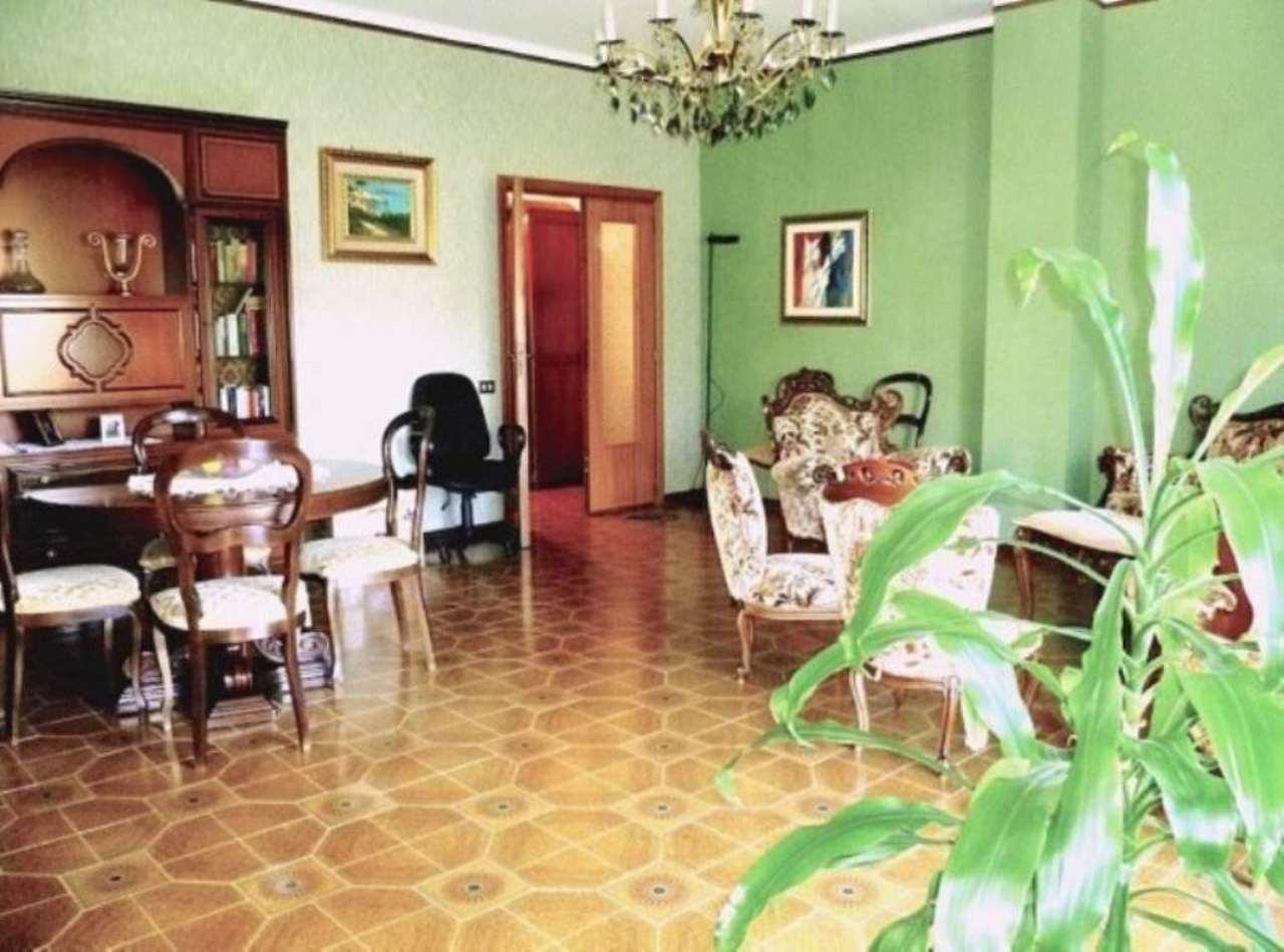 Appartamento in vendita a Potenza, 6 locali, prezzo € 600.000 | Cambio Casa.it